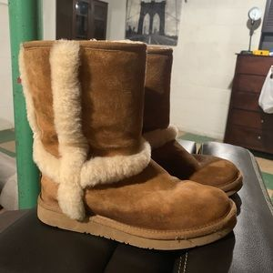 Uggs chestnut mid-calf boots